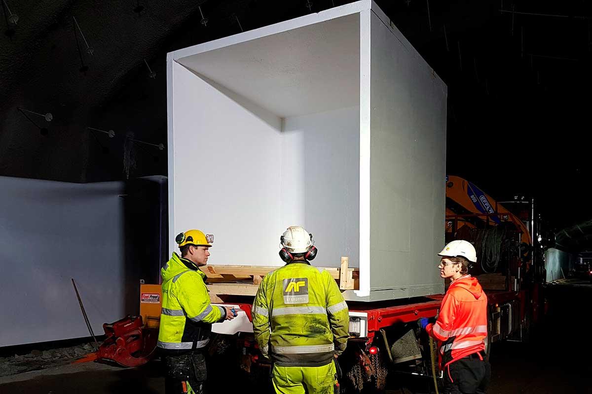 Foamrox har de siste årene utviklet ett brannsikkert materiale til tunnelersom har fått anleggsbransjen og fagpersoner til å se mot Arendal.
